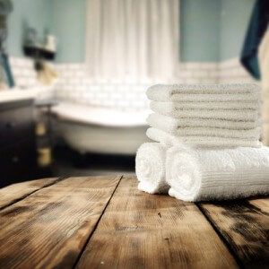 bathroom.towels.stacked